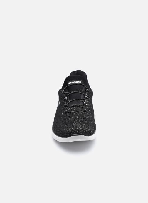 Chaussures de sport Skechers SUMMITS W Noir vue portées chaussures