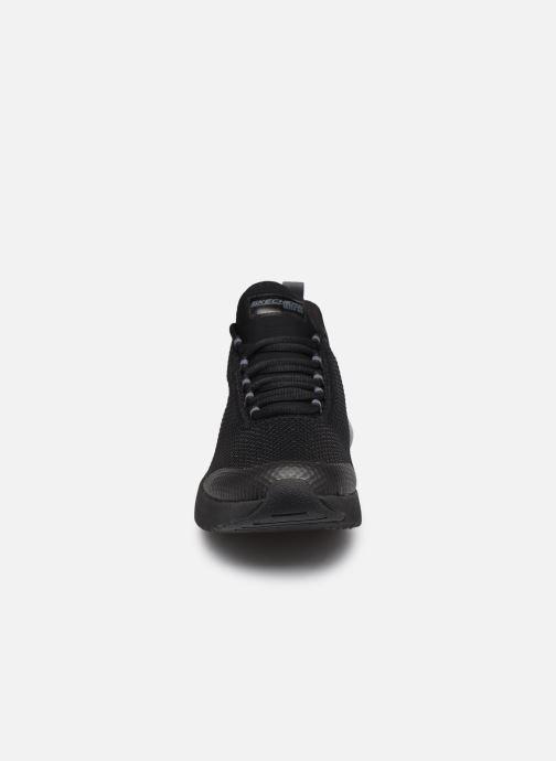 Sneakers Skechers SKECH-AIR STRATUS SPARKLING WIND W Nero modello indossato