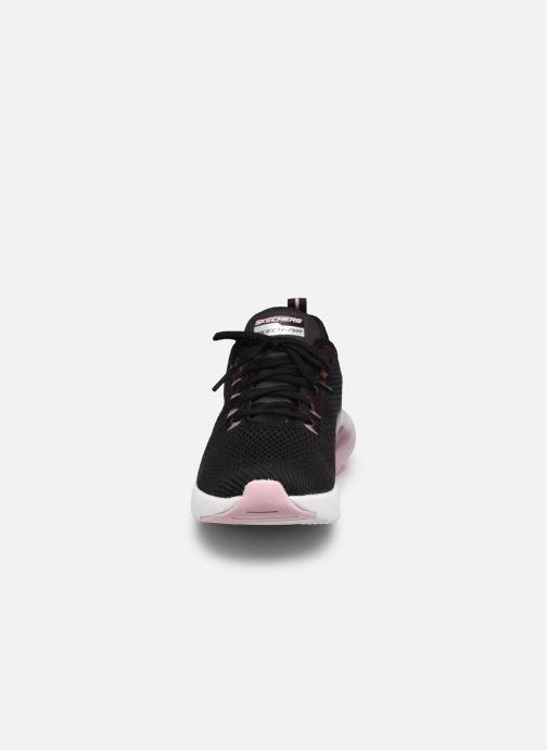 Sneakers Skechers SKECH-AIR STRATUS GLAMOUR TOUR W Nero modello indossato