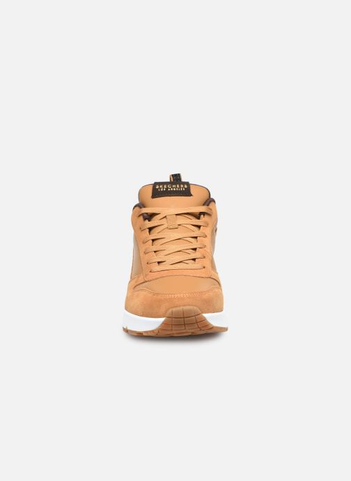 Sneaker Skechers Uno Stacre gelb schuhe getragen