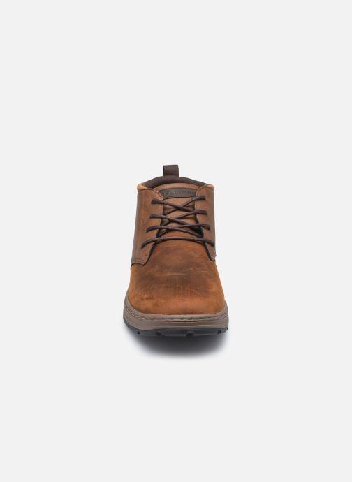 Bottines et boots Skechers Evenston High Marron vue portées chaussures