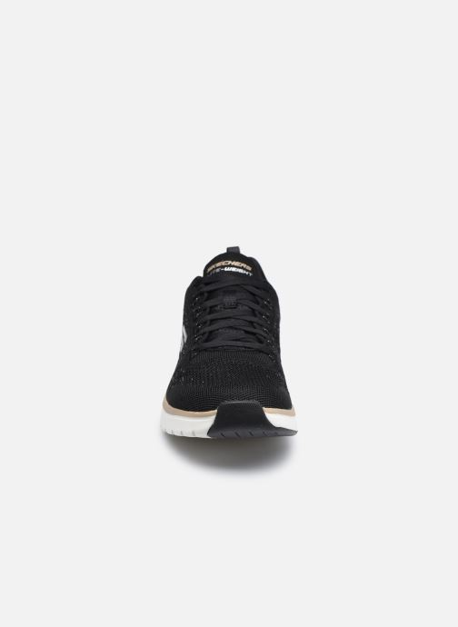 Sneaker Skechers ULTRA GROOVE-ROYAL DRAGOON schwarz schuhe getragen
