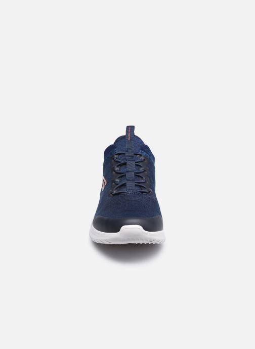 Baskets Skechers ULTRA FLEX 2.0-FEDIK Bleu vue portées chaussures