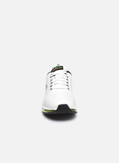 Sneakers Skechers SKECH-AIR ELEMENT 2.0-LOMARC Bianco modello indossato