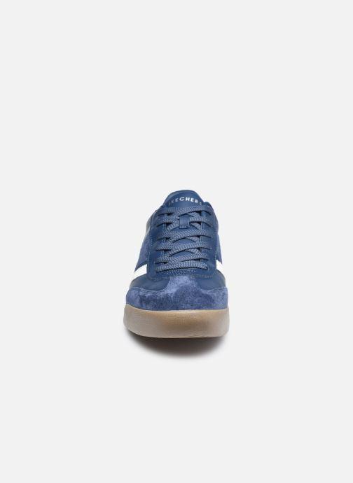 Sneakers Skechers ZINGER-SCOBIE Azzurro modello indossato