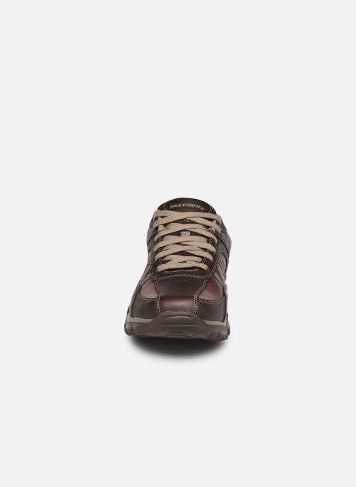 Baskets Skechers ROVATO-TEXON Marron vue portées chaussures