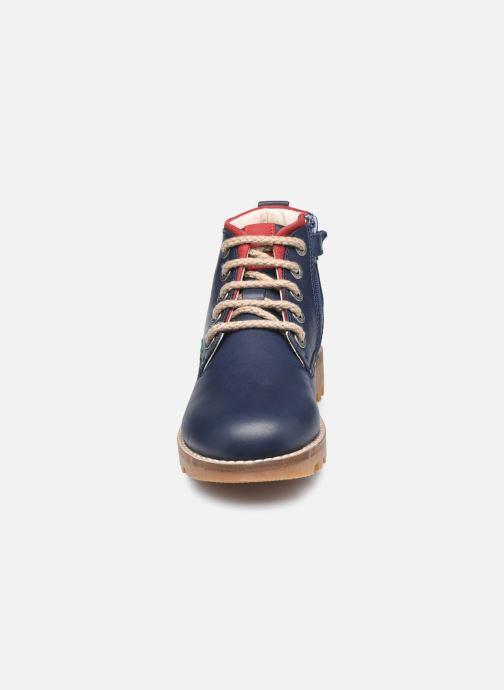Stivaletti e tronchetti Kickers Newnobo Azzurro modello indossato