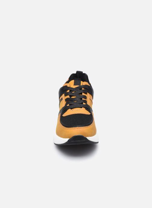 Baskets I Love Shoes SEBIO Jaune vue portées chaussures