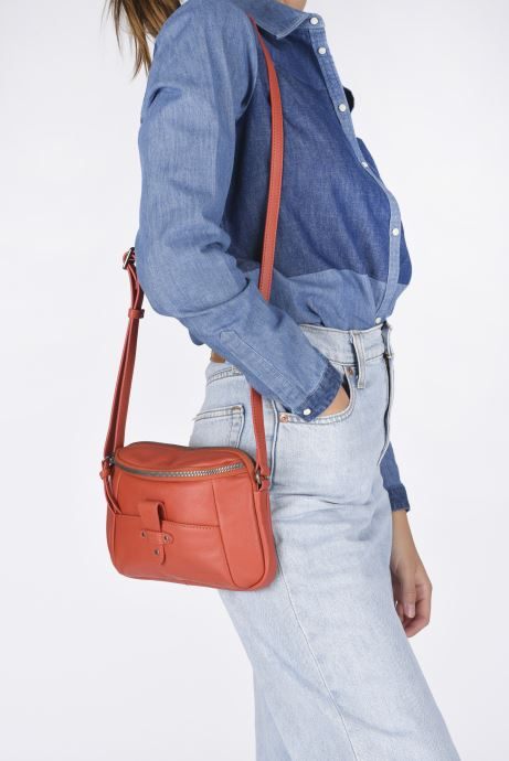 Bolsos de mano Hexagona ESMA LEATHER CROSSBODY Naranja vista de abajo
