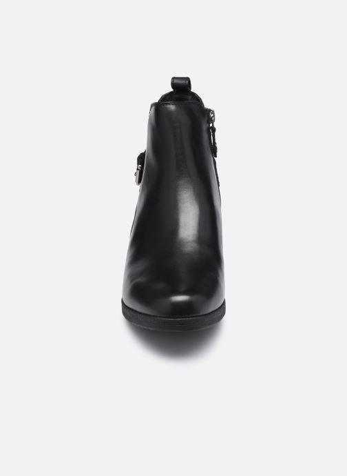 Stiefeletten & Boots Geox D ANYLLA WEDGE D04LDC schwarz schuhe getragen