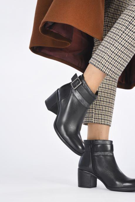 Stiefeletten & Boots Geox D NEW ASHEEL D04FSB schwarz ansicht von unten / tasche getragen