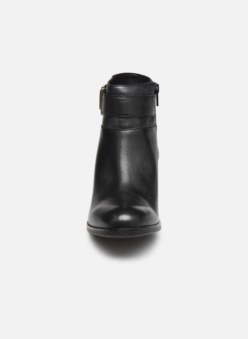 Stiefeletten & Boots Geox D NEW ASHEEL D04FSB schwarz schuhe getragen