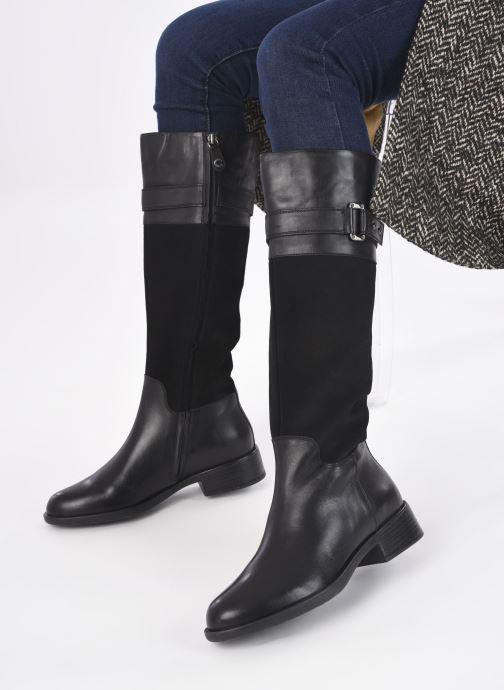 Stiefel Geox D RESIA D04LHI schwarz ansicht von unten / tasche getragen