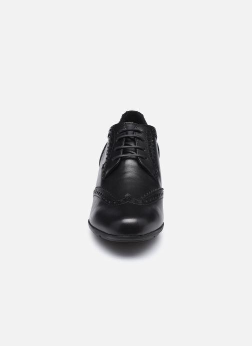 Schnürschuhe Geox D NEW ANNYA MID D04CBA schwarz schuhe getragen