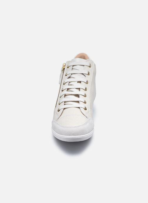 Sneaker Geox D MYRIA D0468B weiß schuhe getragen