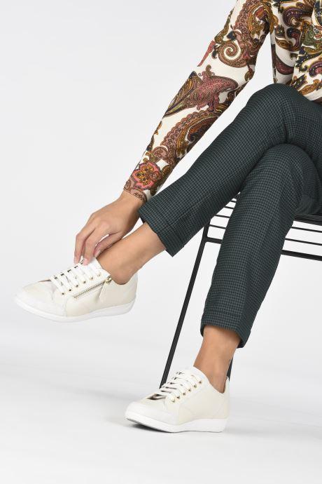 Sneaker Geox D MYRIA D0468D0VI weiß ansicht von unten / tasche getragen