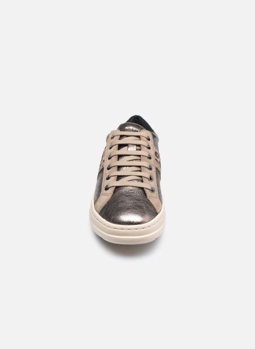 Sneaker Geox D PONTOISE D04FEG silber schuhe getragen