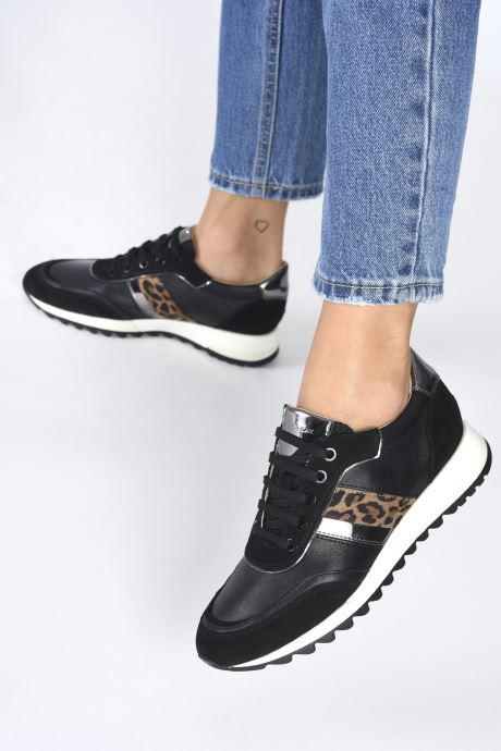Sneaker Geox D TABELYA D04AQB022 schwarz ansicht von unten / tasche getragen