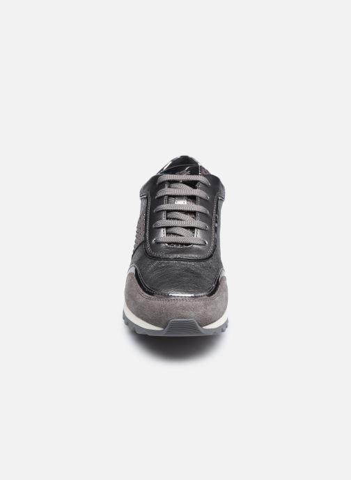 Baskets Geox D TABELYA D94AQA022 Argent vue portées chaussures