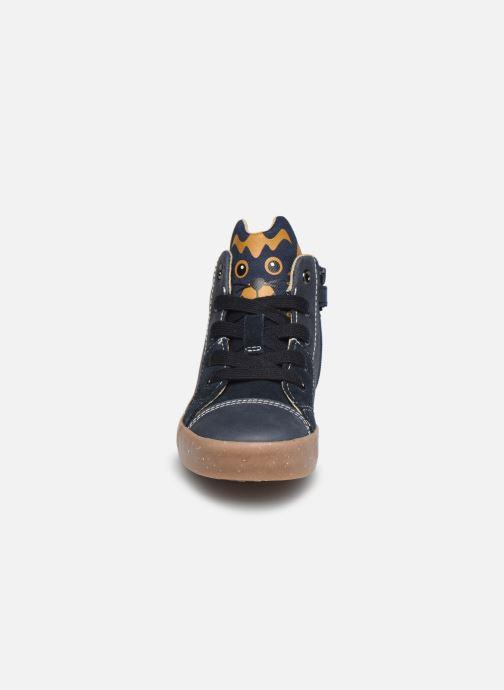 Baskets Geox B Kilwi Boy B04A7D x WWF Bleu vue portées chaussures