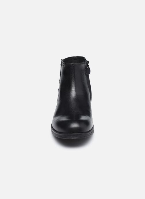 Bottines et boots Geox Jr Agata J0449D Noir vue portées chaussures