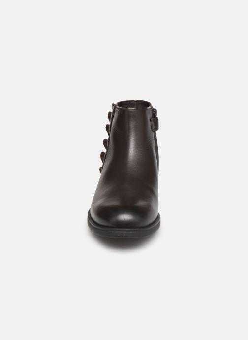 Stiefeletten & Boots Geox Jr Agata J0449D braun schuhe getragen