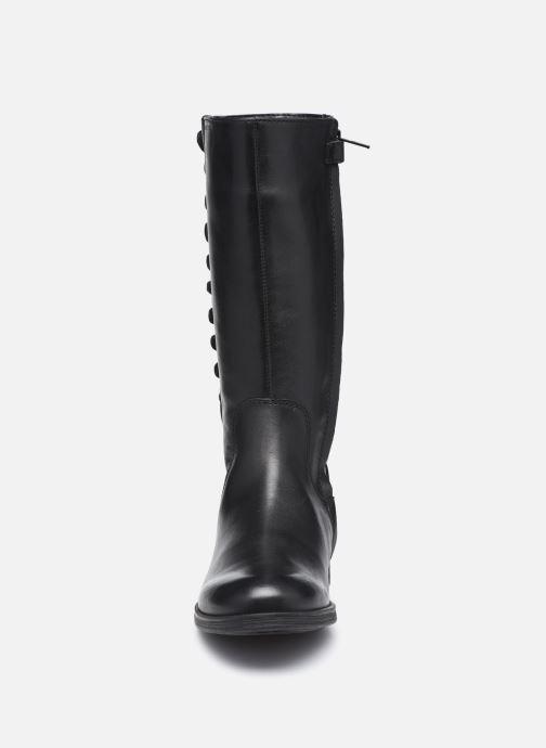 Stiefel Geox Jr Agata J0449A schwarz schuhe getragen