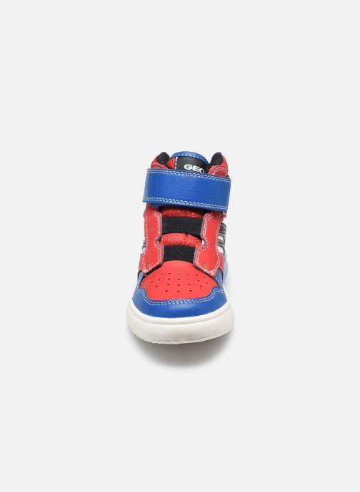 Baskets Geox J Grayjay Boy J049YD Rouge vue portées chaussures