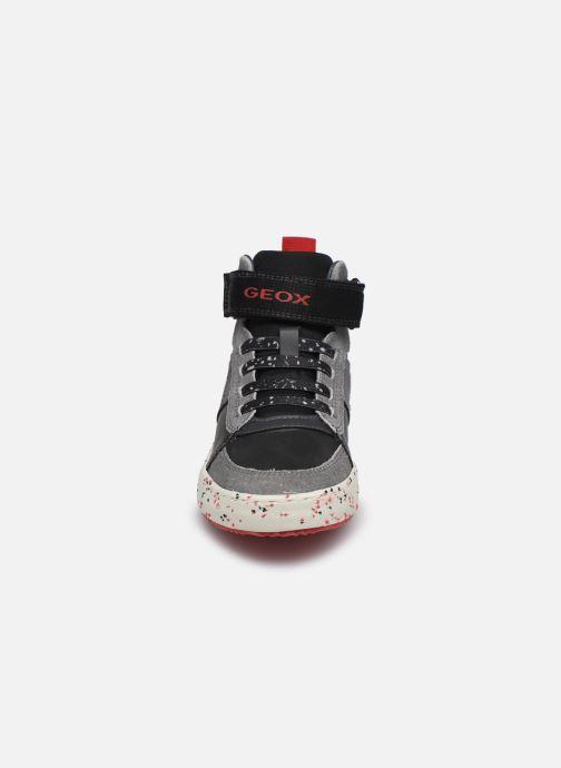 Sneaker Geox J Alonisso Boy J042CC schwarz schuhe getragen