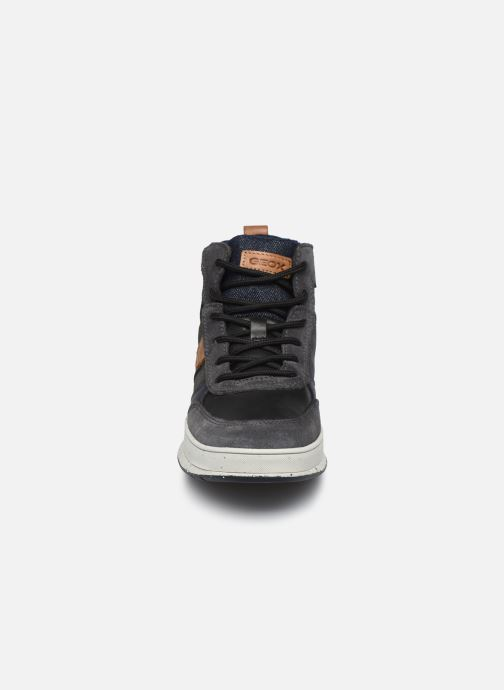 Sneaker Geox J Astuto Boy J04CXD x WWF schwarz schuhe getragen