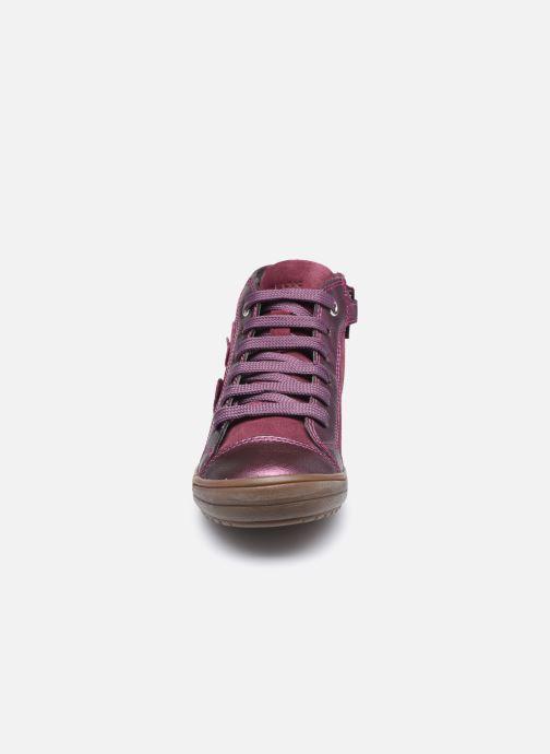 Sneakers Geox J Hadriel Girl J047VB Viola modello indossato