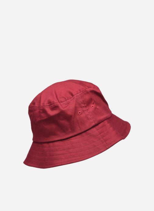 Cappello Levi's Serif Bucket Hat Levi's Rosso modello indossato