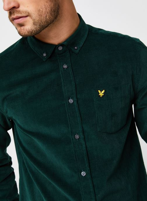 Vêtements Lyle & Scott Needle Cord Shirt Vert vue face