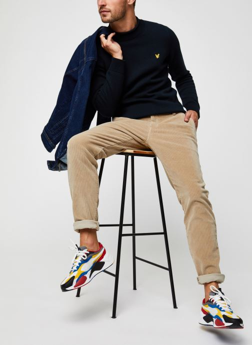 Vêtements Lyle & Scott Funnel Roll Top Knitted Jumper Bleu vue bas / vue portée sac