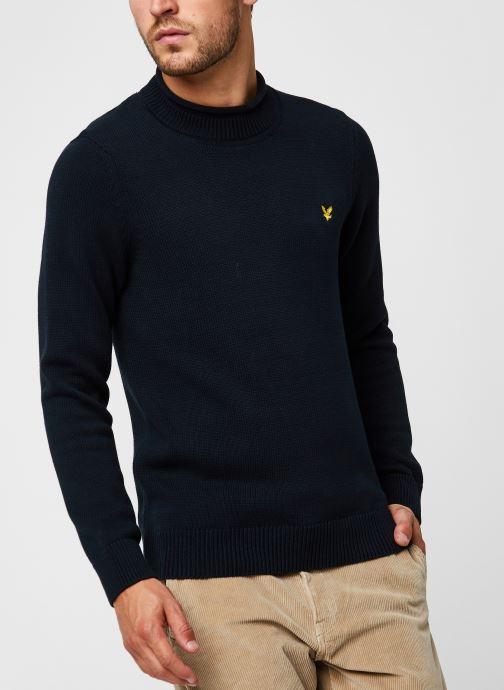 Vêtements Lyle & Scott Funnel Roll Top Knitted Jumper Bleu vue droite