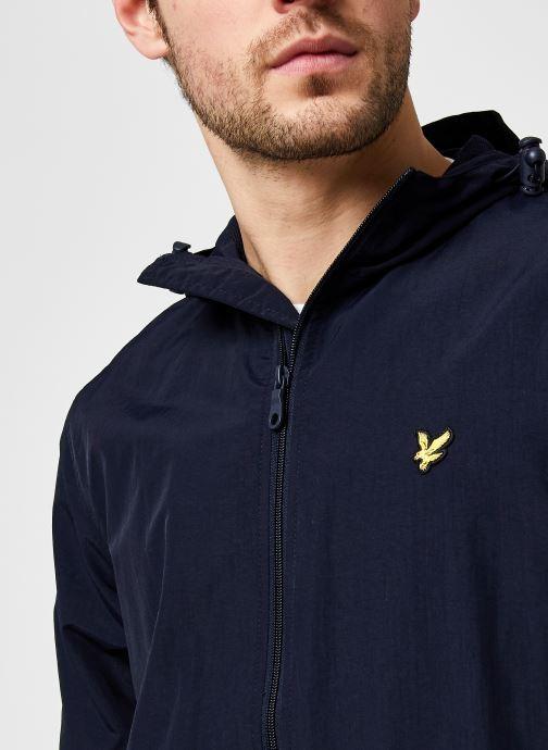 Kleding Lyle & Scott Zip Through Hooded Jacket Blauw voorkant