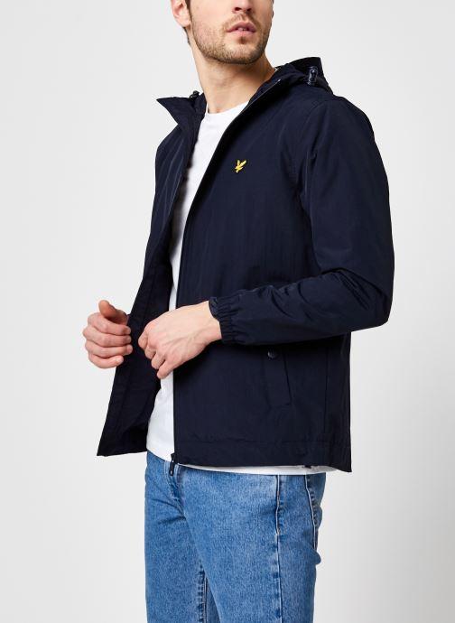 Vêtements Lyle & Scott Zip Through Hooded Jacket Bleu vue détail/paire