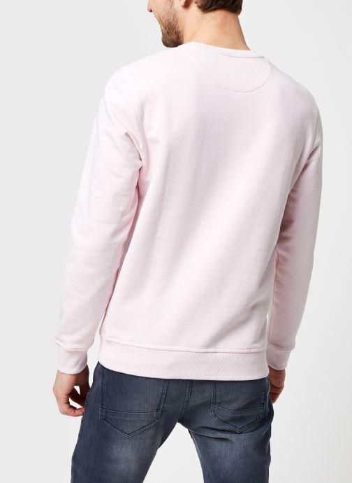 Kleding Lyle & Scott Crew Neck Sweatshirt Roze model