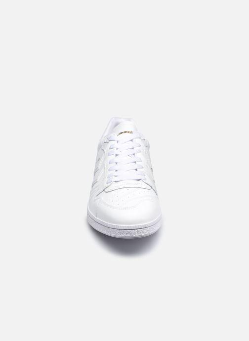 Sneakers Hummel Hb Team Leather Bianco modello indossato