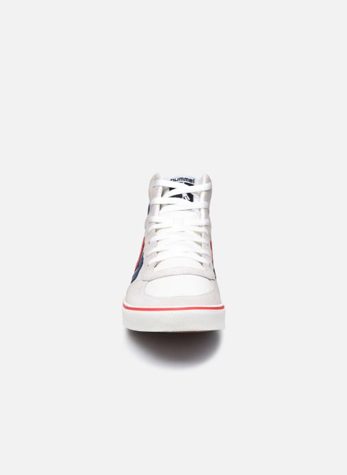 Sneakers Hummel Stadil High Ogc 3.0 Bianco modello indossato
