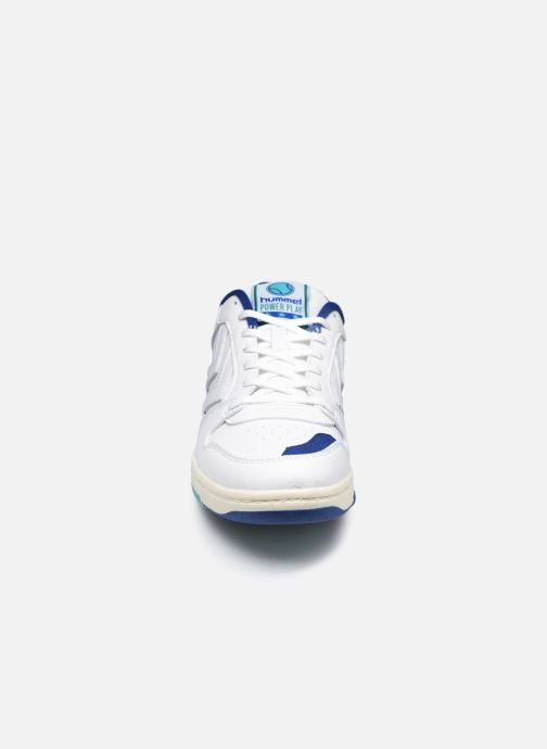 Sneakers Hummel Power Play Vegan Archive Bianco modello indossato