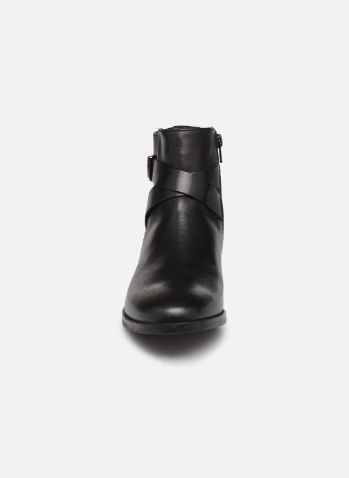 Bottines et boots Clarks Hamble Buckle Noir vue portées chaussures