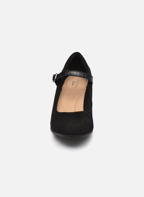 Escarpins Clarks Alayna Shine Noir vue portées chaussures