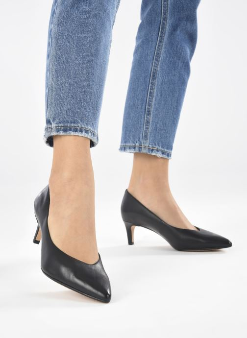 Zapatos de tacón Clarks Laina55 Court2 Negro vista de abajo