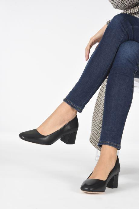Zapatos de tacón Clarks Sheer Rose 2 Negro vista de abajo