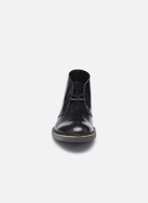 Stivaletti e tronchetti Clarks Desert Boot 2 Nero modello indossato