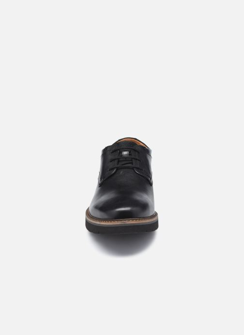 Zapatos con cordones Clarks Bayhill Plain Negro vista del modelo