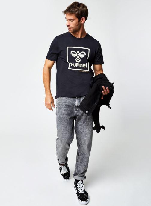 Vêtements Hummel Hmlisam T-Shirt Selected By Mister V Noir vue bas / vue portée sac