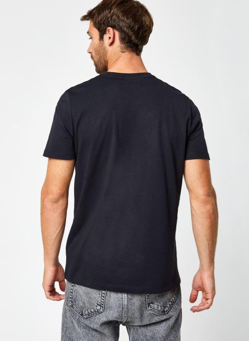 Vêtements Hummel Hmlisam T-Shirt Selected By Mister V Noir vue portées chaussures