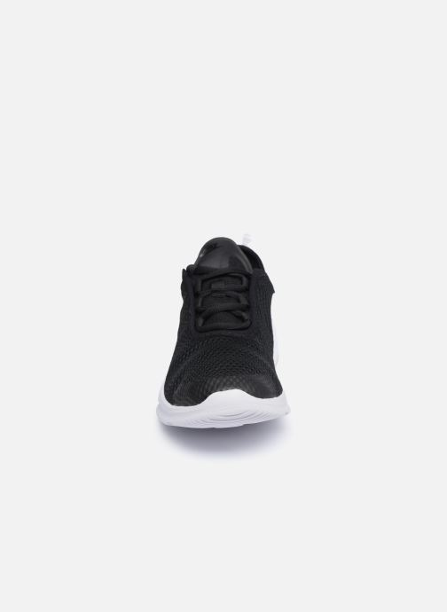 Sneaker Nike Nike Air Max Motion 2 (Gs) schwarz schuhe getragen